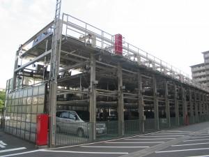 工事前、既存の機械式駐車場